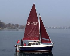 Probesegeln auf der Haber 620 Sport, Sailing, Sailboats, Classic, Ships, Canisters, Training, School, Candle