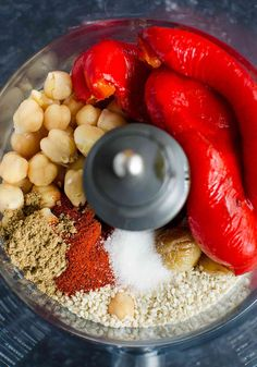Easy homemade hummus prepared using roasted red peppers Healthy Vegetable Recipes, Vegetarian Recipes, Cooking Recipes, Roasted Red Peppers, Roasted Red Pepper Hummus Recipe Without Tahini, Appetizer Recipes, Dinner Recipes, Clean Eating Snacks, Mediterranean Recipes