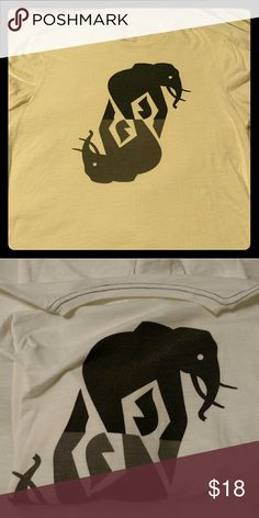 Elephant graphic t shirt Banana Republic off white graphic t shirt with mirror elephants.  Barely used. Banana Republic Shirts Tees - Short Sleeve
