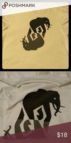 Elephant graphic t shirt Banana Republic off white graphic t shirt with mirror elephants.  Barely used. Banana Republic Shirts Tees - Short Sleeve