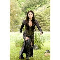 Legend of the Seeker Kahlan Amnell the Mother Confessor costume played by Bridget Regan Bridget Regan, Plus Size Vintage Dresses, Fantasy Costumes, Warrior Princess, Costume Design, Female, Lady, How To Wear, Outfits