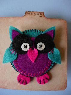 Cute little owl brooch