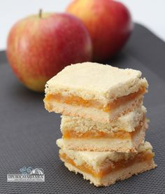 "Tender cake with apples and pumpkin -- look in upper left hand corner of your screen and hit ""translate"""