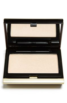 Kevyn Aucoin Beauty 'The Celestial' Powder available at #Nordstrom, pressed powder, the BEST HIGHLIGHTING POWDER, #kevynaucoin, #facepowder,