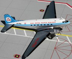 GeminiJets 1:200 KLM DC-3 Old Colors, Striped Tail