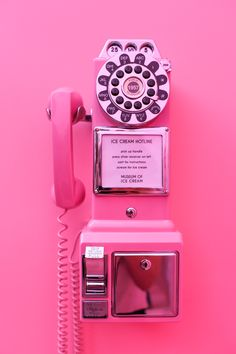 Museum of Ice Cream // Salty Canary Eismuseum // Salziger Kanarienvogel TRAVEL / Pink