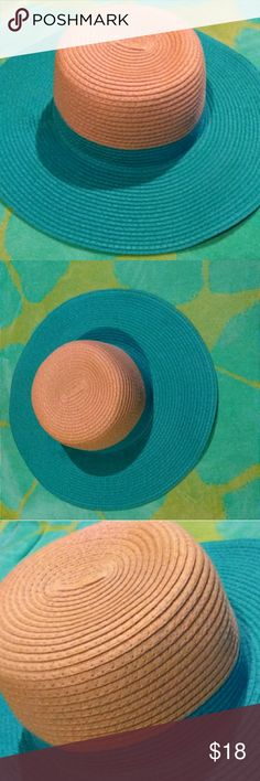 "☀NWOT Turquoise Colorblock Sun Hat☀ Never worn. Perfect condition. Great size! 18"" in Diameter.  Under the hat you will notice a couple of areas.  These were made by the manufacturer. Where they attached the hat pieces together.  It's normal,  and is NOT a defect or rip, tear,  stain.  This hat is beautiful.  Great for strolls through the park,  walking or lying on the beach,  amusement parks,  church...  Very stylish and gorgeous! Enjoy. Accessories"