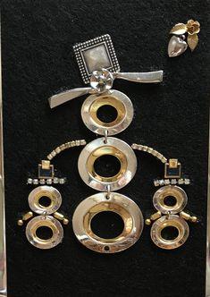 Vintage Jewelry Art Snowmom and Kids