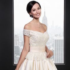 Sl027 2016 Boat Neck With Short Sleeves Backless Champagne Colored Wedding Dress Photo, Detailed about Sl027 2016 Boat Neck With Short Sleeves Backless Champagne Colored Wedding Dress Picture on Alibaba.com.