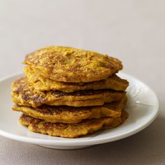 Enjoy a tasty and delicious meal with your loved ones. Learn how to make South African Pumpkin Fritters & see the Smartpoints value of this great recipe. Weight Watchers Pumpkin, Weight Watchers Meals, Ww Recipes, Cooking Recipes, Healthy Recipes, Healthy Foods, Vegetarian Recipes, Healthy Eating, South African Recipes