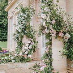 We do love a column, and these are sublime. 📷 flowers by planner Wedding Ceremony Flowers, Ceremony Arch, Floral Wedding, Wedding Arches, Country Garden Weddings, Outdoor Wedding Inspiration, Floral Arch, Floral Foam, Ceremony Decorations