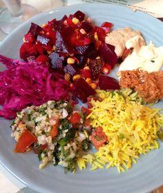 Vegan buffet in Cascais, Portugal | Happy Herbivore