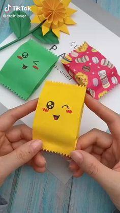 Cool Paper Crafts, Paper Crafts Origami, Diy Crafts For Gifts, Origami Art, Diy Arts And Crafts, Creative Crafts, Crafts For Kids, Kids Diy, Diy Paper