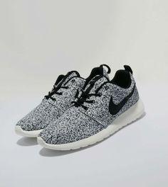 (รูปเยอะ) รองเท้าผ้าใบน่ารักๆ เกือบ 50 แบบ สำหรับผู้หญิงโดยเฉพาะ - Dek-D.com > ตามใจฉัน > ไลฟ์สไตล์