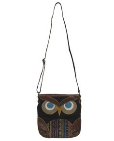 Owl Crossbody Bag - one of my friends has this purse and it is SSSOOOOO cute!
