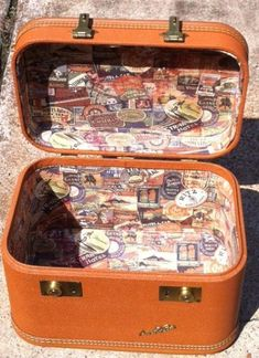 Vintage upcycled train case lined w/tim holtz fabric by GypsyRoseDesigns Vintage Suitcases, Vintage Luggage, Vintage Travel, Vintage Crafts, Upcycled Vintage, Repurposed, Suitcase Storage, Suitcase Decor, Decoupage Suitcase