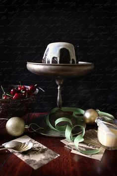 christmas pudding  by Hannah Blackmore Photography