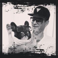 Sieh dir Instagram-Fotos und -Videos von Engelbert Bernadett (@szivarlany) an Videos, French Bulldog, Instagram, Art, Pictures, Art Background, French Bulldog Shedding, Kunst, Bulldog Frances