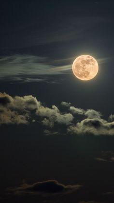 39 ideas for nature phography moon Shoot The Moon, Moon Photography, Moonlight Photography, Photography Photos, Moon Magic, Moon Lovers, Moon Art, Blue Moon, Dark Moon