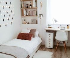 Teen Room Decor - Choose Furniture That Is Cheerful For Your Teen Room Ideas Bedroom, Home Decor Bedroom, Bedroom Inspo, Small Bedroom Ideas For Teens, Bedroom Furniture, Bedroom House Plans, Interior Livingroom, Bedroom Sets, Nursery Room