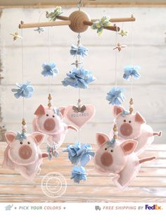 Pig Baby Mobile Hanging, Pig Nursery Decor, Farm Nursery, Farm Mobile by Farm Animal Nursery, Farm Nursery, Nursery Decor, Nursery Mobiles, Baby Mobiles, Nursery Room, Tout Rose, Baby Girl Nursery Themes, Girl Nurseries