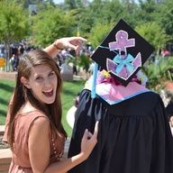 Love this graduation cap!