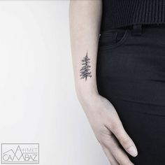 25 Adorable Minimalist Tattoo Designs By Former Cartoonist, Ahmet Cambaz Tattoo Trend, Tattoo On, Dot Work Tattoo, Cute Girl Tattoos, Cool Tattoos For Guys, Tattoos For Women, Black And Grey Tattoos For Men, Black Tattoos, Small Tattoos