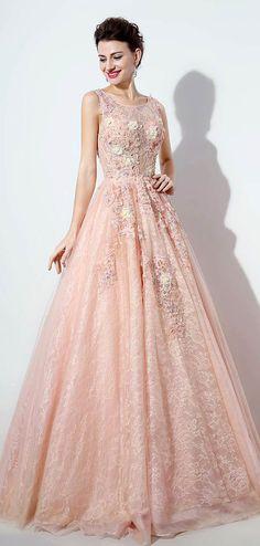 Exquisite Tulle & Lace Scoop Neckline A-line Prom Dresses With Lace Appliques