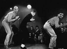 """Audrey Hepburn  Rollkragen, enge Hosen, Loafers - Audrey Hepburn setzt auf Klassiker in dem Film """"Ein süßer Fratz"""""""