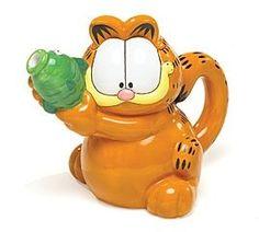Garfield cat teapot