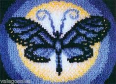 "Latch Hook Kit 15"" x 20""   BUTTERFLY MOON Rug"