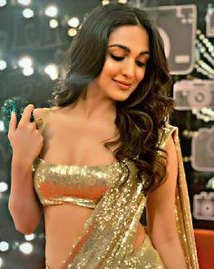 Indian Bollywood Actress, Bollywood Actress Hot Photos, Indian Actress Hot Pics, Most Beautiful Indian Actress, Beautiful Actresses, Indian Actresses, Bollywood Couples, Bollywood Girls, Bollywood Stars