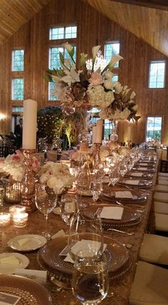 At The Beautiful Carriage House Wedding Venue in Conroe Texas and beautifully   Coordinated by Wendy Meaux
