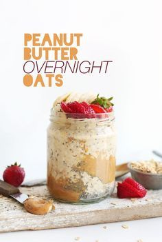 Peanut Butter Overnight Oats Recipe Breakfast and Brunch with almond milk, chia… Baker Recipes, Oatmeal Recipes, Cooking Recipes, Freezer Recipes, Flour Recipes, Freezer Cooking, Cooking Tips, Peanut Butter Overnight Oats, Overnight Oatmeal