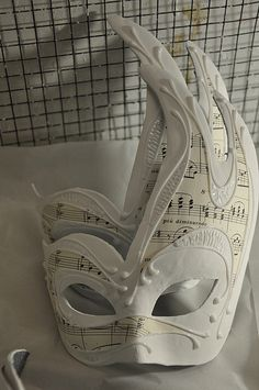 The art of Venetian mask making #costume