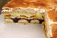 Nepečený dezert z BB sušenek, dětských piškotů, vanilkového a čokoládového pudinku, šlehačky, zakysané smetany .... banánů a kompotovaných mandarinek, ozdobený kakaem, nebo nastrouhanou čokoládou či grankem, servírovaný nakrájený na jednotlivé řezy. Something Sweet, Desert Recipes, No Bake Cake, Tiramisu, Muffins, Bakery, Cheesecake, Deserts, Goodies
