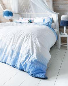 DIY dip dye duvet cover #bedding #ombre - Zelfmaakidee: Dip dye beddengoed…