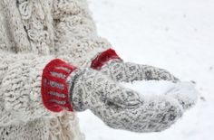 ❥ Winter Cabin, Winter Day, Christmas Colors, Red Christmas, Christmas Time, Red And Grey, Green And Purple, Mitten Gloves, Mittens