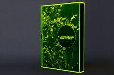 Le livre prospectus fluorescent