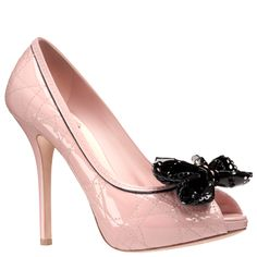 Who doesn't love pink Dior pumps?