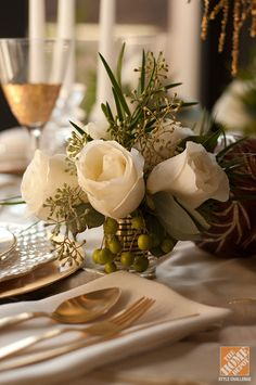 Holiday Entertaining Ideas: Christmas Tablescape in Browns and Golds
