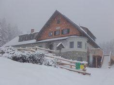 Wintereinbruch im Oktober auf der Wanderung zur Klagenfurter Hütte. Snow, Outdoor, Vacation, Outdoors, Outdoor Games, The Great Outdoors, Eyes, Let It Snow