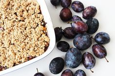 Einfacher veganer Pflaumencrumble | Cheap And Cheerful Cooking