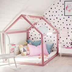 Einrichtungsideen für Mädchen Girls Kinderzimmer und Jugendzimmer zur Einrichtung und Dekoration. Ideen für Betten und Tapete mit HarmonyMinds