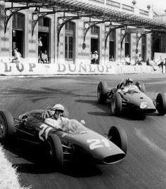 #21 John Surtees...Scuderia Ferrari SpA SEFAC...Ferrari 156/63...Motor Ferrari 178 V6 1.5...#6 Graham Hill...Owen Racing Organisation... BRM P57...Motor BRM P56 V8 1.5...GP Monaco 1963