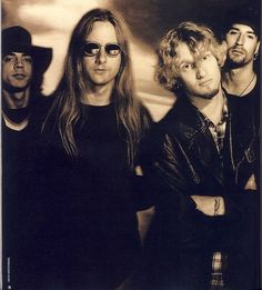Alice in Chains - such an awesome band & Layne Staley has such a unique voice.