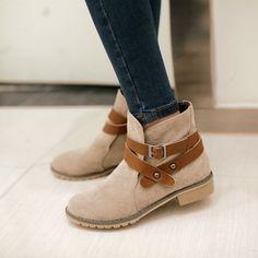 Aliexpress.com: Comprar Tamaño grande 34 43 nuevo 2015 mujeres botas de otoño botas botines zapatos mujer decoración de la hebilla botas femininas short martin botas de botas de charol fiable proveedores en Sara Fashion Shoes