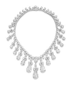 AN IMPRESSIVE DIAMOND FRINGE NECKLACE, BY HARRY WINSTON Composed of a pear-shaped diamond line necklace with pear-shaped diamond cluster drops, the eighteen largest diamonds weighing from approximately 19.11 to 3.05 carats and totalling 128.24 carats, 41.0 cm, mounted in platinum and gold. ESTIMATE USD 6,805,113 - USD 8,898,994