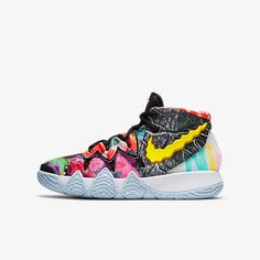 Kyrie Irving Shoes Kids, Basketball Shoes Kyrie, Foot Games, Macaulay Culkin, Kyrie 5, Expensive Shoes, Sports Activities, Sports Shoes, Kid Shoes