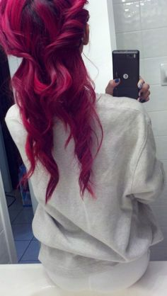 Amazing red hair #hair #hairstyle #color #red  www.doctoredlocks.com